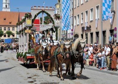 Historischer Festzug am Sonntag: Herzog-Ernst-Wagen