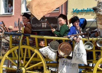 Festumzug am Hauptplatz: Die Panduren, geraubte Stadtkasse
